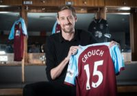 Peter-Crouch-Burnley